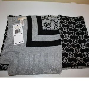 NEW MICHAEL KORS REVERSIBLE SCARF
